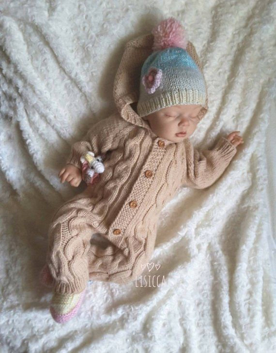 Hand knitted romper. Knitted baby clothes. Coming home outfit .