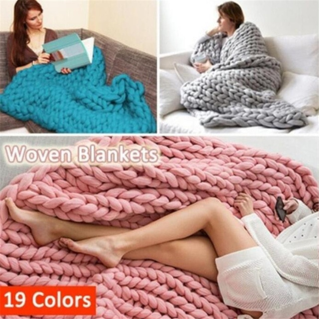 Hot Yarn Knitted Blanket Handmade Hand knitted Warm Chunky Knit .