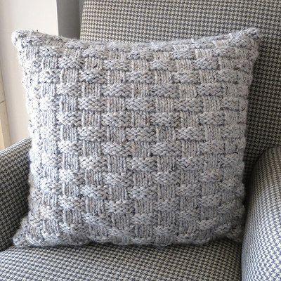 Basket Weave Pillow   Cojines de ganchillo, Almohadones tejidos .