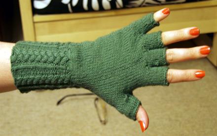 Fingerless Gloves Knitting Patte