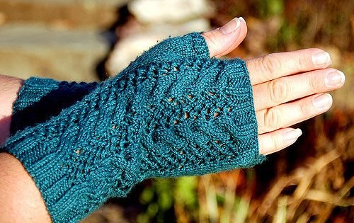 Merletto Knitted Fingerless Lace Mitts [FREE Knitting Patter