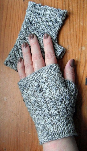 Free knitting pattern for Arya's Gauntlets - These fingerless .