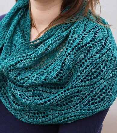 Free Knitting Pattern for Estuary Shawl - Lace shawlette designed .