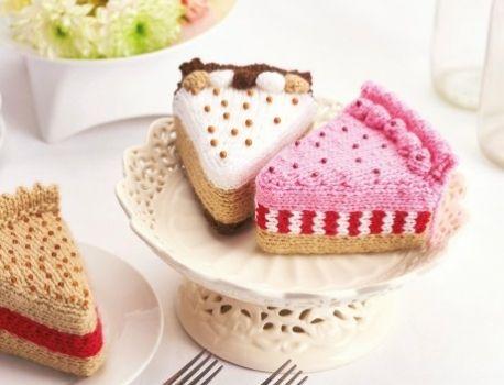 Cakes | Knitting patterns free, Food patterns, Crochet ca