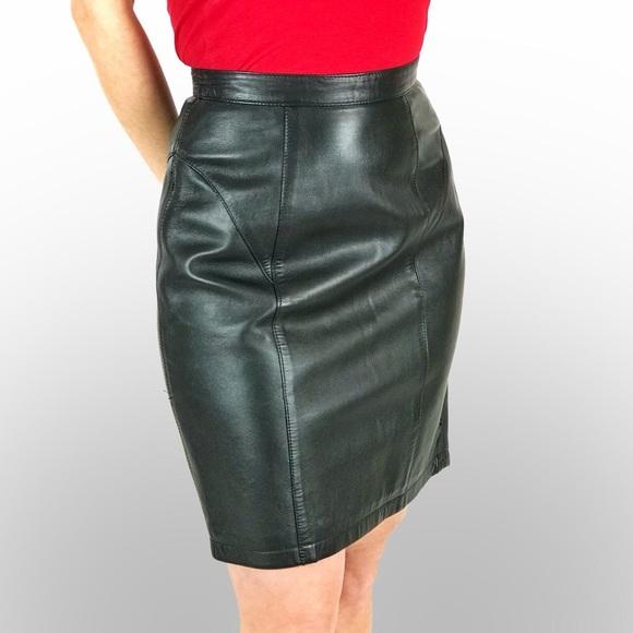 Mario Vittorio Skirts | Black Leather Pencil Skirt | Poshma