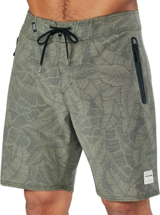 "DAKINE Sumbawa 20"" Travel Board Shorts - Men's | REI Outl"