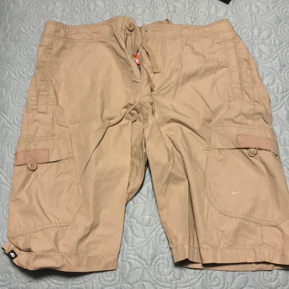 Nike Shorts | Mens Cargo | Poshma