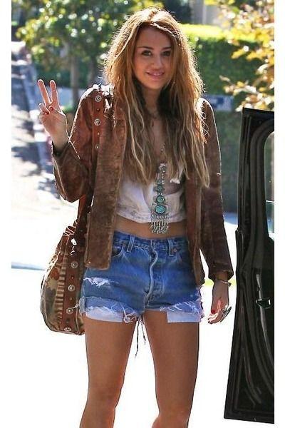 GO BOHO - The modern hippie   Boho fashion, Celebrity style .