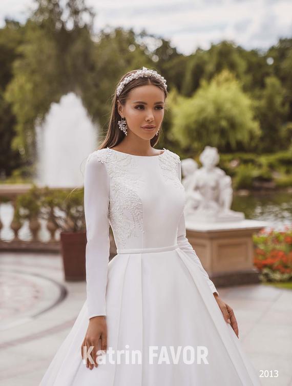 Simple Wedding Dress Long Sleeve Wedding Dress Modest Wedding   Et