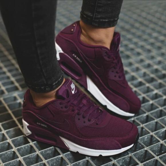 Nike Shoes | Womens Air Max 90 Lea Corduroy | Poshma