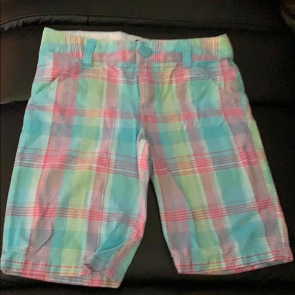 SO Bottoms | Girls Plaid Shorts | Poshma