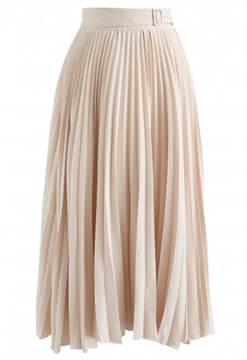 Tender Breeze Pleated Midi Skirt in Cream - Retro, Indie and .
