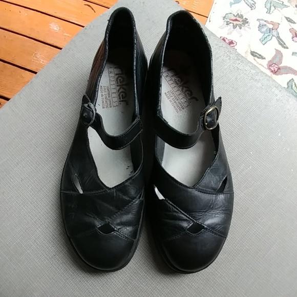 Reiker Shoes | Sz 41 Antistress Black Mary Janes | Poshma