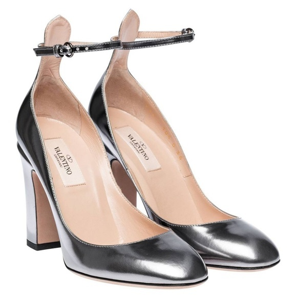 diogreco: Valentino Valentino ankle strap silver pumps shoes Ankle .