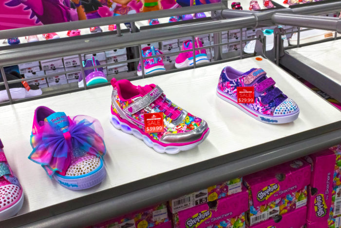 Skechers Class Action Says Light-Up Shoes Cause Burns | Top Class .