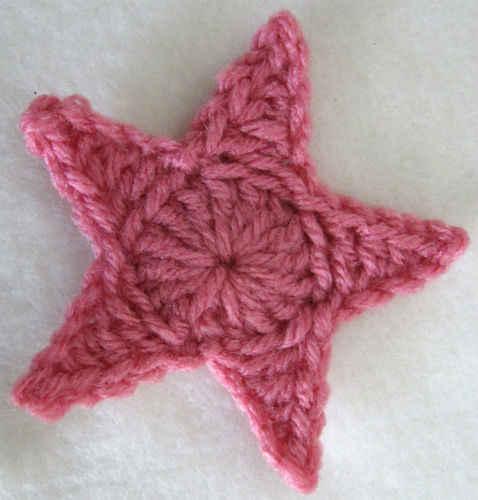 Free Crochet Pattern – Medium Star
