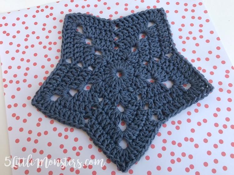 5 Little Monsters: Crocheted Star Dishclo
