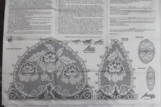 vintage needlework pattern for valentine hearts filet crochet lace .