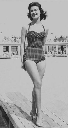 vintage swimming suit | Vintage swimsuits, Vintage swimwear .