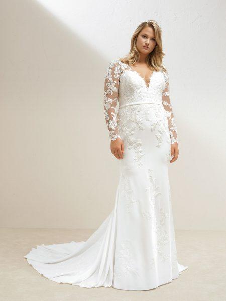 Long Sleeve Crepe Sheath Wedding Dress | Kleinfeld Brid