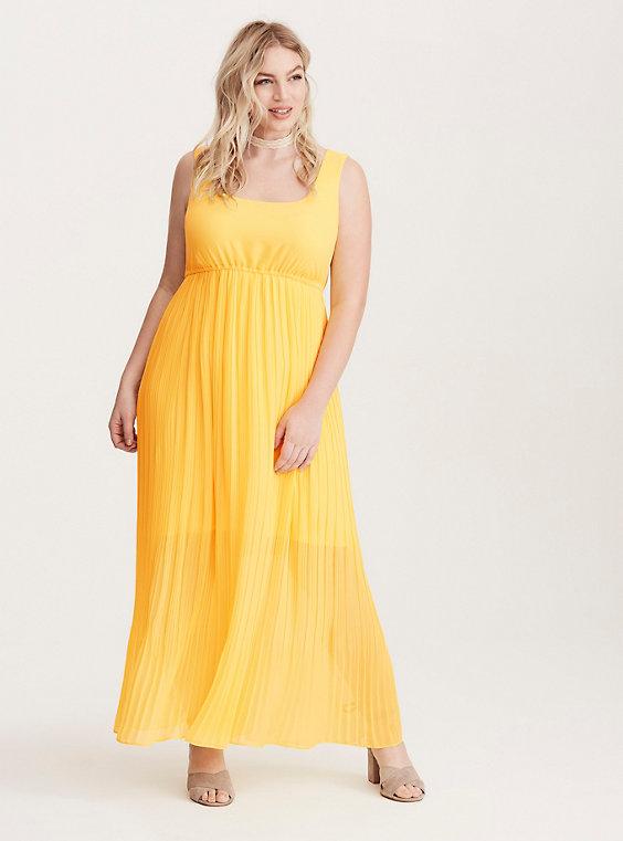 Plus Size - Pleated Chiffon Maxi Dress - Torr